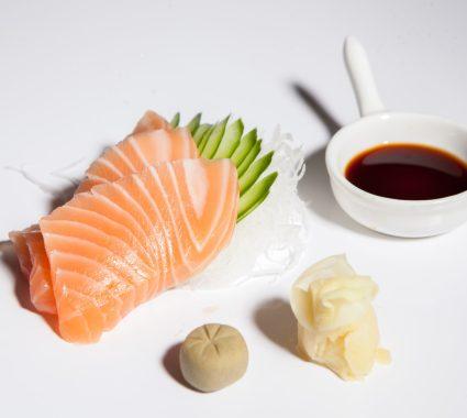 sashimi de somon proaspat