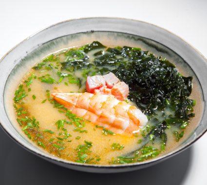 supa miso cu fructe de mare