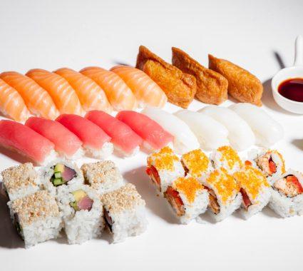 Sushi box 32