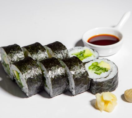 big roll vegetarian cu sparanghel